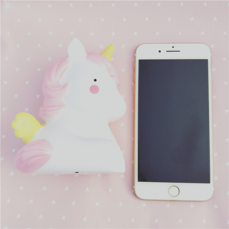 Nursery Decorative LED Night Lights Soft silicone Unicorn Toy for Kids LED lighting Portable Bedside Baby room Desk Decoration