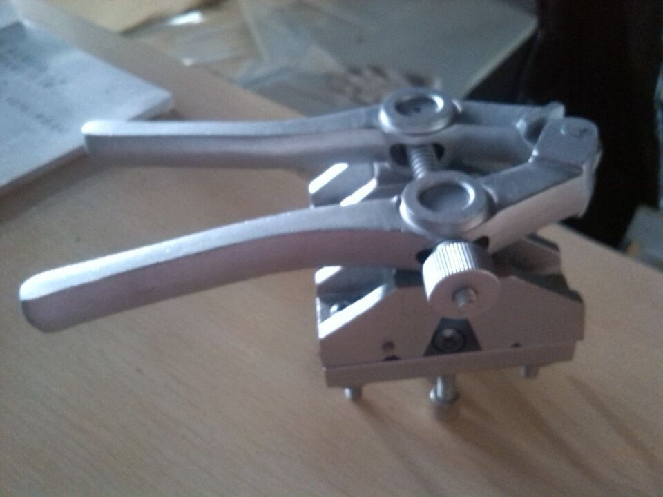 Здесь продается  Deliverd free machine tool for v-belt connecting spraying teflon + scissors + fixture  cheap price   Аппаратные средства
