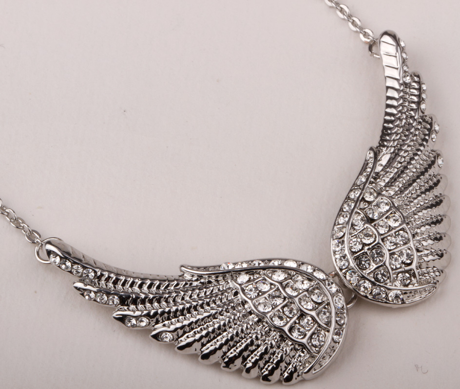 31ec1c1fcc102 Angel wing chocker necklace women biker bling jewelry gifts W/ crystal  antique gold silver color NM04 wholesale dropshipping
