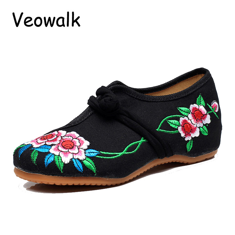 Veowalk Big Size 41 Women Fashion Autumn Shoes Woman Old Peking Flats Flower Embroidery Soft Sole vintage Ballet sapato feminino vintage embroidery women flats chinese floral canvas embroidered shoes national old beijing cloth single dance soft flats