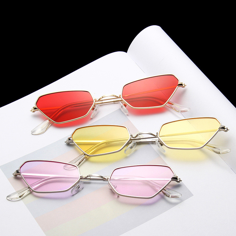 Heterosexual Yellow Red Cat Eye Sun Glasses for Women Mirror Retro Luxury Small Sunglasses Brand Designer Oculos De Sol