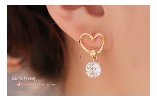 2018 New Fashion Crystal Earrings for Women Pearl Women Branch Shell Pearl Flower Stud Earrings Female 2