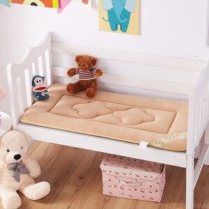 Image 3 - 60x120 centímetros Portátil Crianças Berço Do Bebê E Da Criança Colchão Capa Almofada Respirável Portátil Removível E Lavável
