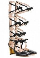 Среднего теленок женщины Летние сапоги бабочка-узел украшения вырезы дизайн среды странные каблуки дамы подиуме гладиатор золотые сандалии