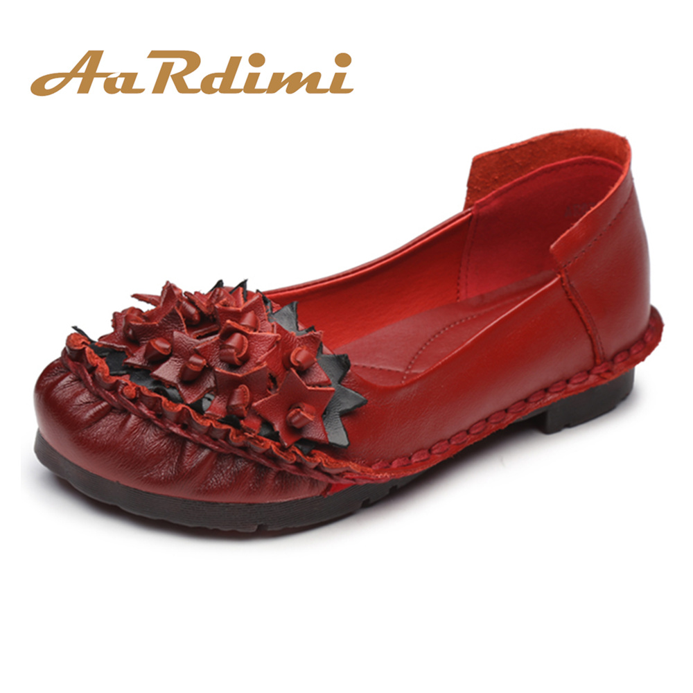 New Arrival 2018 Spring Floral Women Flats Shoes Genuine Leather Retro Solid Boat Shoes Woman Soft Singe Shoes For Mother vintage embroidery women flats chinese floral canvas embroidered shoes national old beijing cloth single dance soft flats