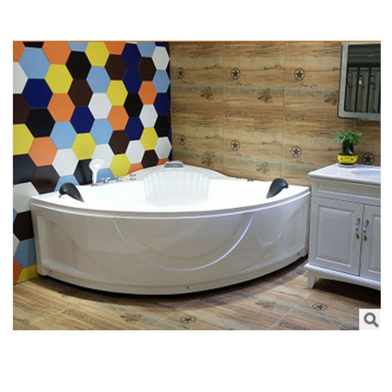 Two person fan triangle acrylic bathtub independent lovers 1.35 meters 1.5 meters bathtub