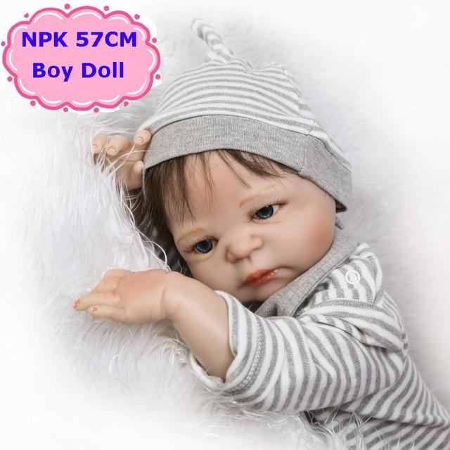 57 см npk Новый стиль полный Для тела силиконовые Bebe Reborn Menino куклы реалистичные для новорожденных мальчиков Куклы Дети хороший приятель игрушка Обувь для девочек Brinquedos