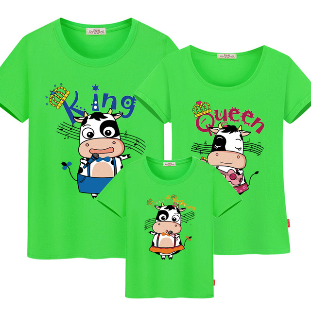 14e85c5558 Family Matching Outfits Father Mother Daughter mom Son Clothes Look t-shirts  daddy mommy and me dress mum baby kids clothing