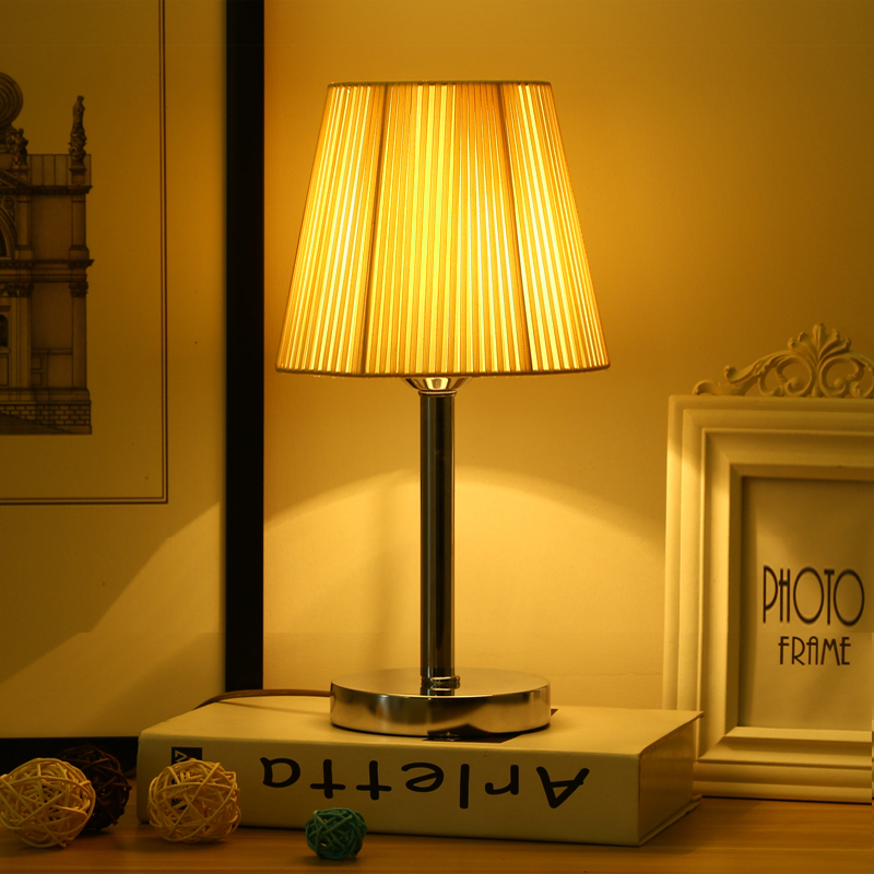Hot modern style decorative table lamp led desk light for bedside bedroom student reading lights night