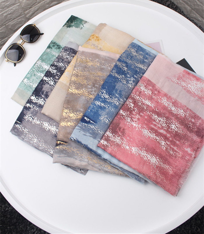 2019 New Graffiti Print Fringe Luxury Scarves Shawls Women Gradient Gold Foil Scarf Hijab Wholesale 10pcs/lot Free Shipping