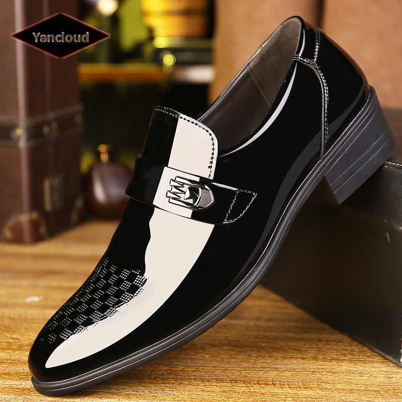 Quality Pointed Toe Formal Men Dress Shoes New 2018 Patent Leather Wedding Shoes for Men Slip on Elegant Black Leather Shoe high quality men casual business wedding formal dress bright patent leather shoes gentleman flats oxfords shoe slip on zapatos