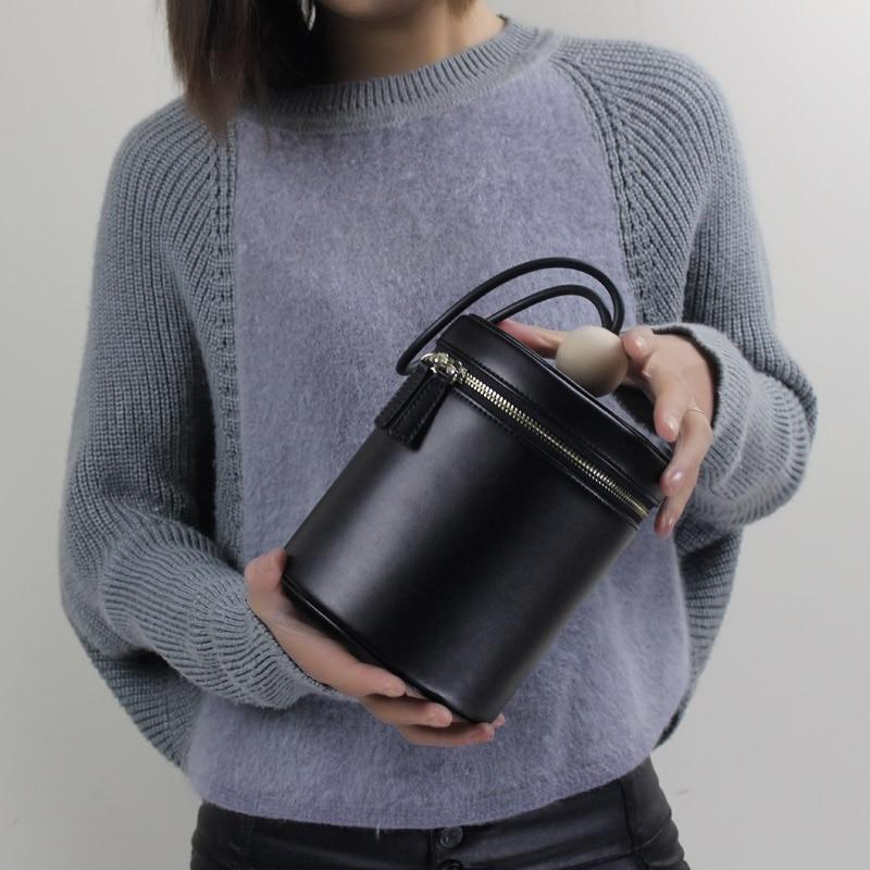 ФОТО 2017 fashion Creative bucket bag hand carry leather handbags handbags cowhide individuality retro portable small round bag