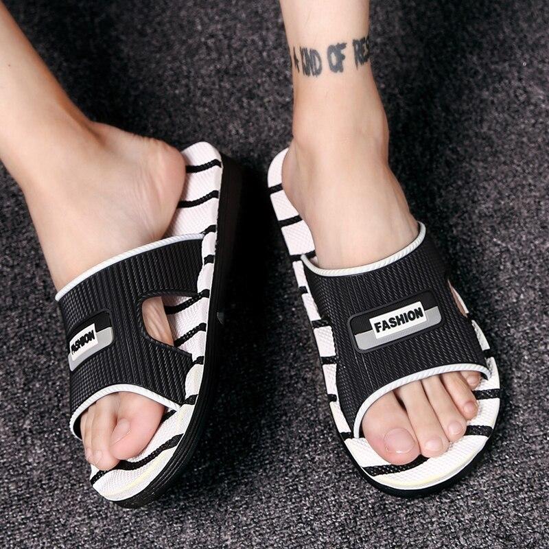 Mens Flip Flops Summer Men's Sandals New Style Rubber Soft Shoes Outdoor Beach Men's Slippers EVA Massage Men Footwear 2018