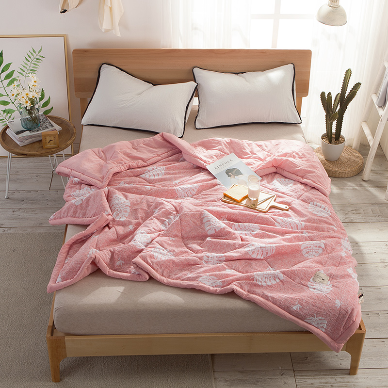Pink White Leaves Pattern Bedding 1PCS Coverlet/ Bedspread Quilt/Summer Duvet Quilt Summer Quilt ...
