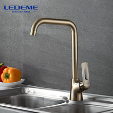 LEDEME Kitchen Faucets Brass Pull Out Single Handle Single Hole Finish 360 Swivel Mixers Taps Kitchen Tap Sink Mixer L4048C