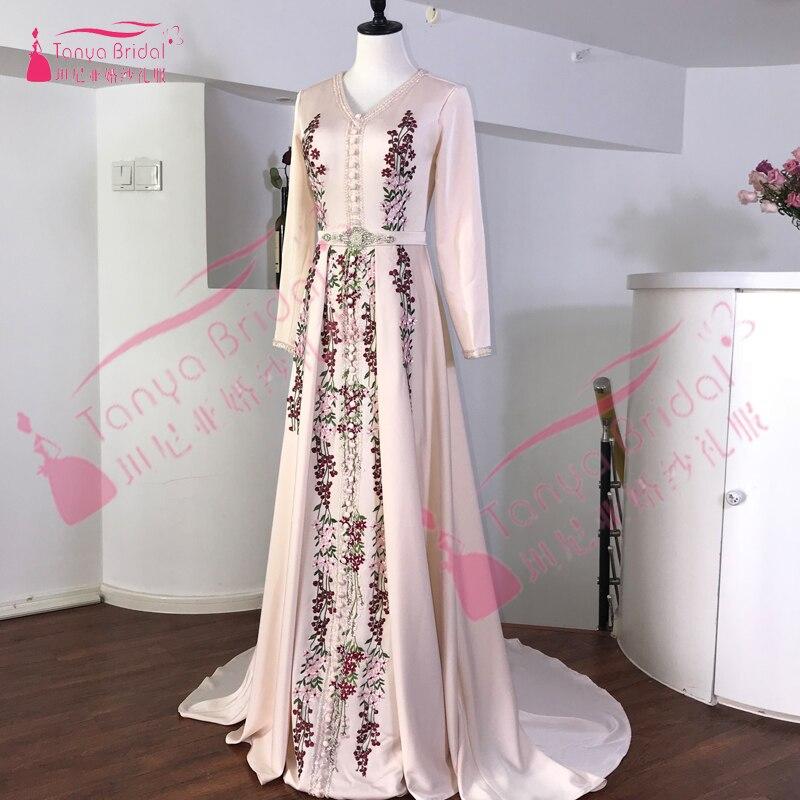 Evening Dresses Black Lace Arabic Evening Dress V Neck Applique Formal Evening Gowns Robe De Soiree 2019 Hot Sale Beadeds Kaftans Prom Dresses