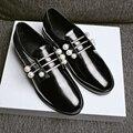 Estilo britânico Apartamentos mulheres sapatos da moda sapatos de Cristal pérola Sapatos Brogue Apontou couro Toe Primavera/Outono calçados Casuais da mulher