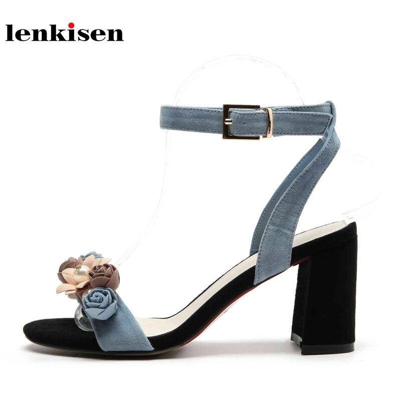 Ayakk.'ten Orta Topuklu'de Lenkisen hakiki deri peep toe toka sapanlar genç bayan rahat yüksek moda yaz ayakkabı çiçek dekorasyon kadın sandalet L16'da  Grup 1