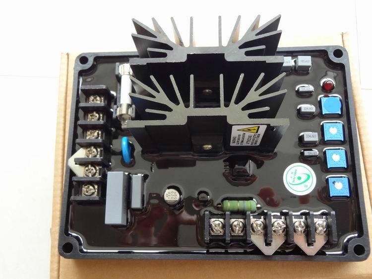 Spedizione gratuita CF-15A AVR Automatic Voltage Regulator alternatore CF15ASpedizione gratuita CF-15A AVR Automatic Voltage Regulator alternatore CF15A