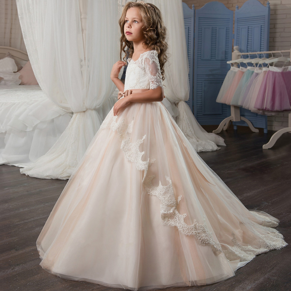 Adorable Girl Pageant Dresses Satin Tired Peach Lace Up Tulle Ball Gowns Child First Holy Communion Dresses 2-12 Year OldAdorable Girl Pageant Dresses Satin Tired Peach Lace Up Tulle Ball Gowns Child First Holy Communion Dresses 2-12 Year Old