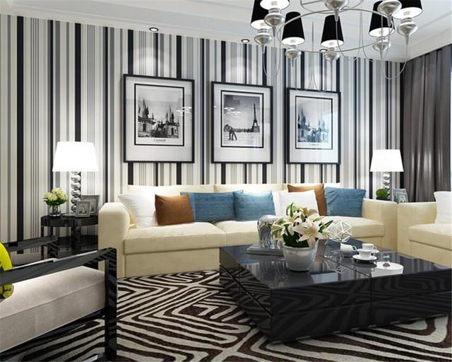 Beibehang Wallpaper Dinding 3D Modern Hitam Putih Garis
