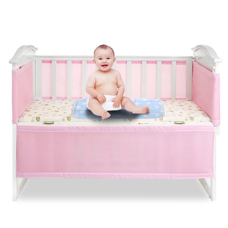 0d2722c40 De dibujos animados de bebé cochecito impermeable cojín cubierta de cama