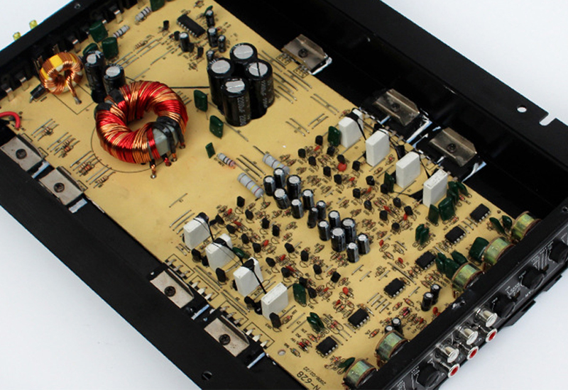 Car 12V 4 channel amplifiers