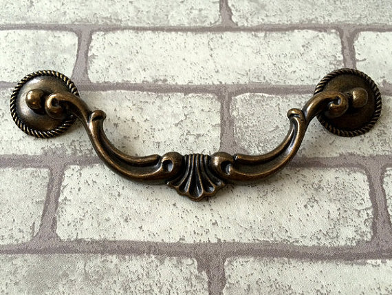 5 1/2 Large Drop Bail Dresser Pull Handle Drawer Pulls Handles Rustic Antique Bronze Kitchen Cabinet Pull Handle Knob Hardware 4 25 dresser pulls drawer pull handles antique bronze bail cabinet pulls handle knobs furniture door hardware drop swing 108mm