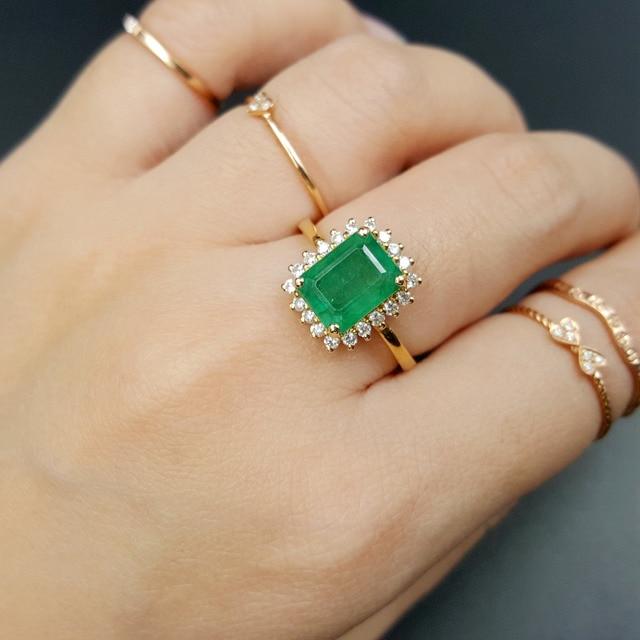 Lii Ji 18K Gold 255Ct Natural Emerald Diamond Ring CN Size NO14