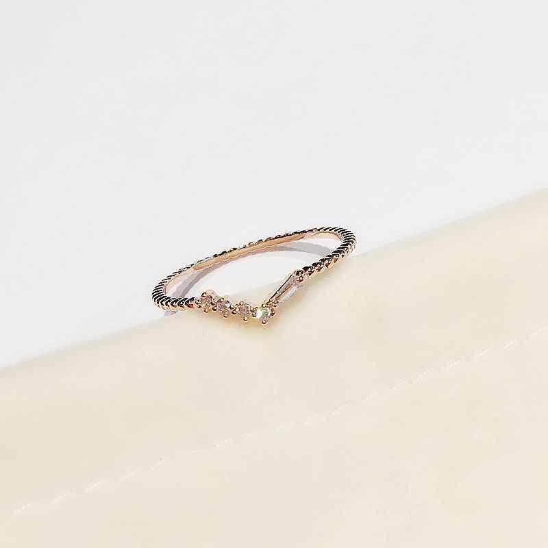 Haute qualité Design mince Bague en or Rose couleur cubique Zircon anneau de mode femmes Bague bijoux