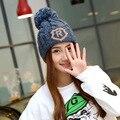 2016 высокое качество шапочки вязаные шапки шапки для женщин зима грубой вязки плюшевые мяч женщин Skullies кап