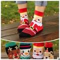 8 PCS = 4 pairs 35 a 39 jardas de férias Dos Desenhos Animados meias meias de algodão meias de algodão casuais três-dimensional mulheres meias de Natal