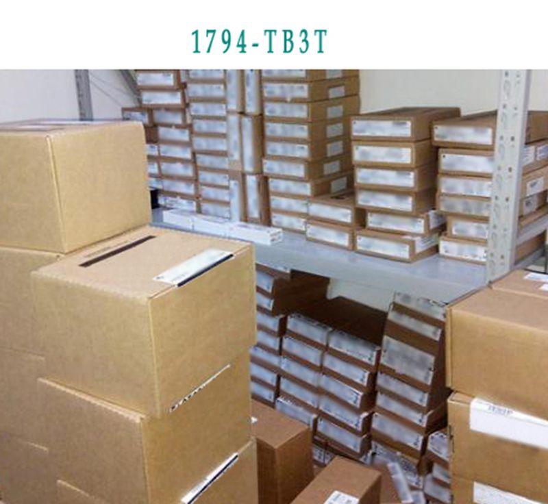 NEW 1769-OB8 1769-0B8 industrial control PLC module dc 12v led display digital delay timer control switch module plc automation new