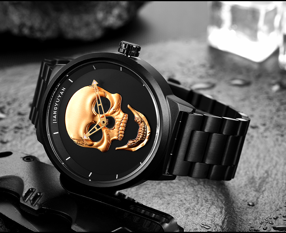 1739-960_09  2018 Scorching Pirate Punk 3D Cranium Males Watch Model Luxurious Metal Quartz Male Watches Retro Trend Gold Black Clock Relogio Masculino HTB1Ol9HnER1BeNjy0Fmq6z0wVXad