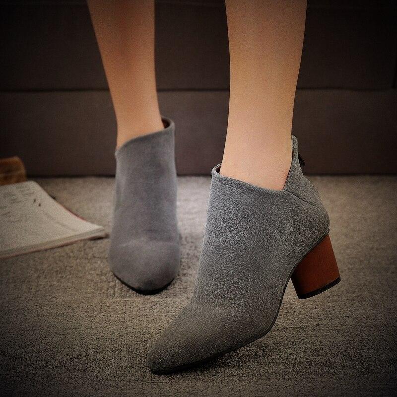 d8a12c0343 Mujeres botas 2016 Cuero Genuino Botas cortas de invierno primavera otoño  trabajador martin famosa marca de Moda Para Mujer zapatos de seguridad en  Botas ...