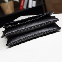 New 2017 rivet Women Messenger bags Brand Clutch Skull soft Women Leather Handbags Crossbody Bag Small Shoulder bag sac a main