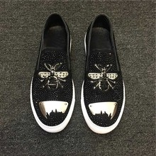 European Real Leather Embroidery Bees Mens Studded Shoes Lazy Shoes Casual Loafers Creepers Shinny Man Dress Party Shoe