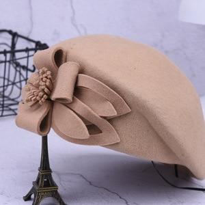 Image 4 - 2019 חדש צמר כומתת חורף כומתות נשים אופנה הרגיש פרחוני נשי צרפתית אלגנטי כפת מגבעת כובע כפה Autumu פרח