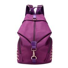 Новый 2017 женщин рюкзак моды заклепки оксфорд рюкзак легкий вес женщин дорожная сумка с 6 цветов для выбора