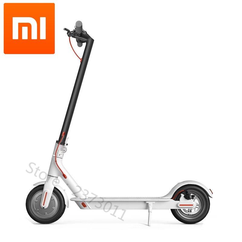 Prix pour D'origine xiaomi mijia M365 électrique scooter smart électrique 8.5 pouce vélo scooter hoverboard mi planche à roulettes LG batterie 30 KM Max