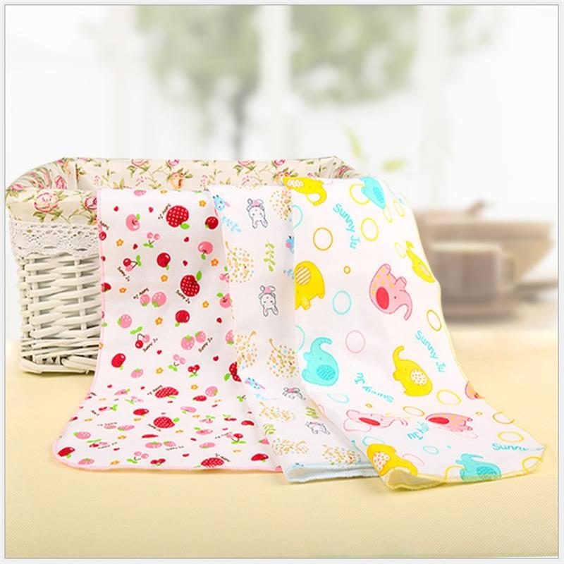2pcs 25*50cm 4 layers gauze 100% Cotton Newborn Baby Infant Cartoon Face Hand Bathing Towel Bib Feeding Square Handkerchief