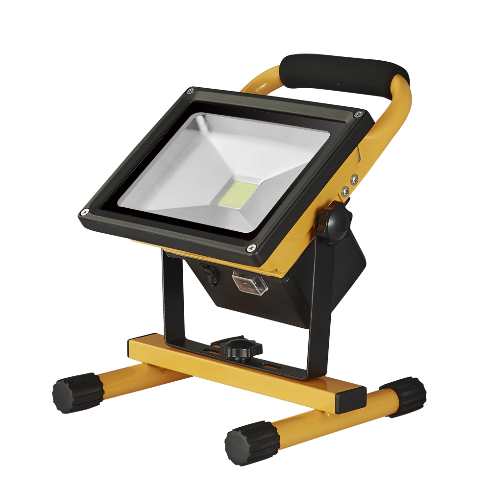 цена на DC12V-24V 20W Floodlight Rechargeable LED Flood Light Portable Outdoor 10W Spotlight Lamp Camping Work Light With EU Car Charger