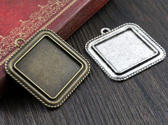 New Fashion 5pcs 25mm  Inner Size Antique Bronze Square Cabochon Base Setting Charms Pendant TrayNew Fashion 5pcs 25mm  Inner Size Antique Bronze Square Cabochon Base Setting Charms Pendant Tray