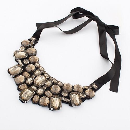 F&U Jewelry Choker Վզնոց տերև Ակրիլային - Նորաձև զարդեր - Լուսանկար 3