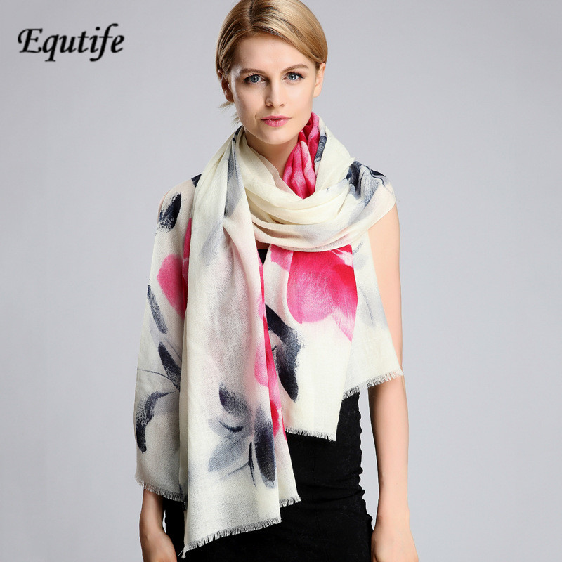 Top-grade Cashmere Women Scarf and Shawl Luxury Brand Floral Hand-printed Pashmina All-match Warm Female Scarves Cape