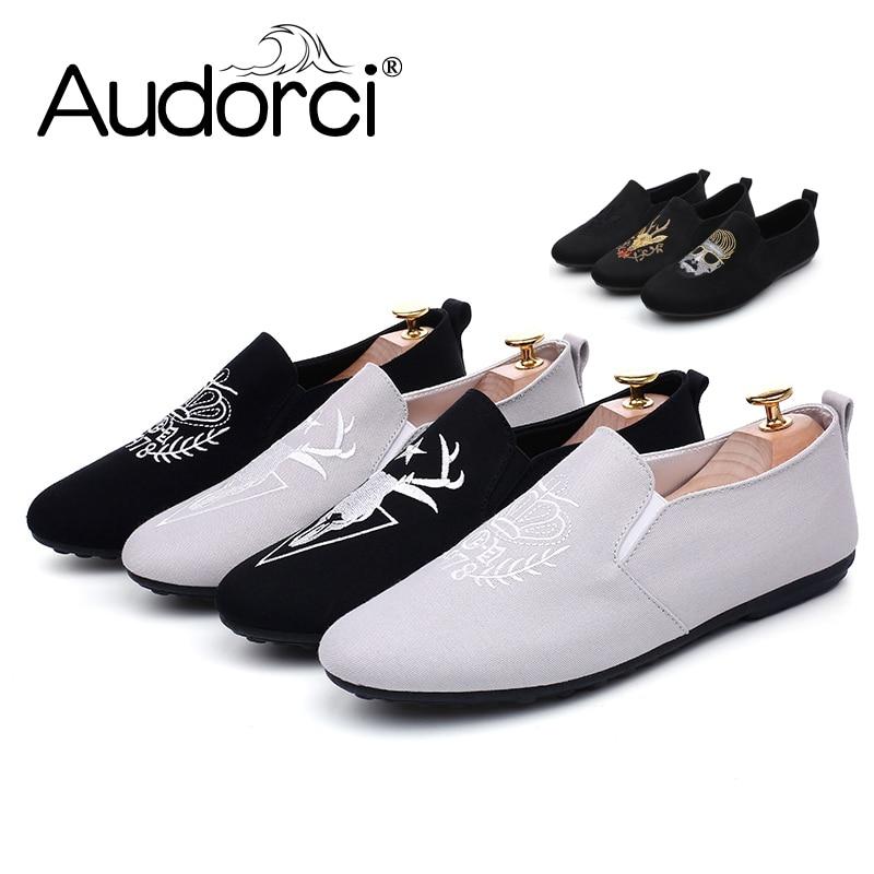 342d5b7601caf Audorci 2018 3 tipos de estilos luz de los hombres slip on pisos Zapatos  hombre casual guisantes barco chaussure hombre calzado 39 44 en Mocasines  de ...