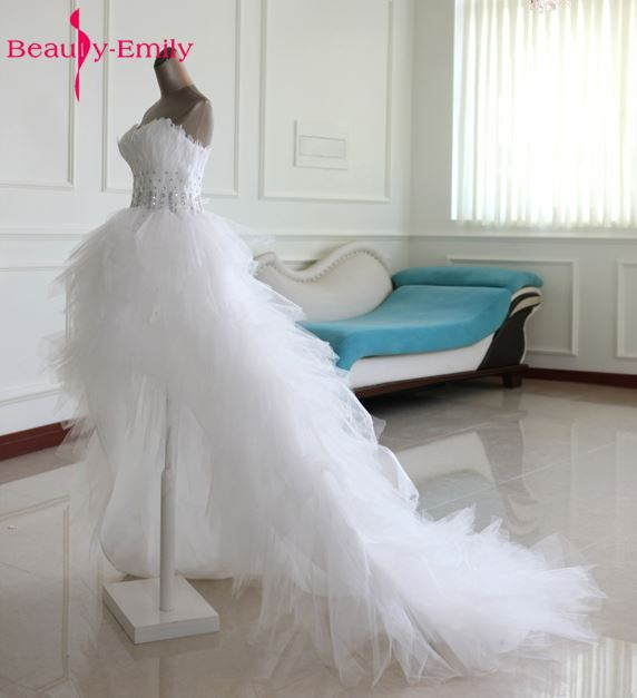 Beauty Emily Sexy Short Asymmetrical White Wedding Dresses 2017 Beading Tiered Lace Party Bridal Gowns