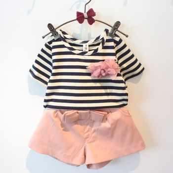 2017 Europe & United States the new summer girl two suit, striped corsage short sleeve T shirt + suit bow shorts 2-7 years old