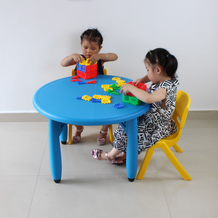 75*50cm High Quality Round Children Tables Eco-friendly Kindergarten Desk With Chairs