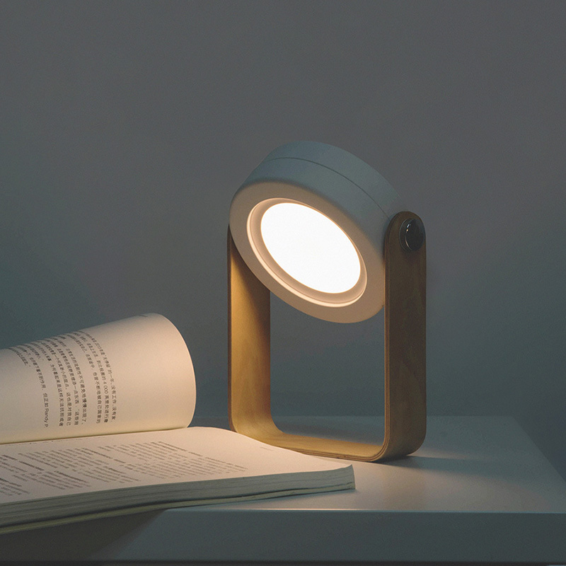 Nowa kreatywna drewniana rączka przenośna latarnia lampa teleskopowa składana lampa stołowa led ładowanie lampka nocna lampka do czytaniaLampy na biurko   -
